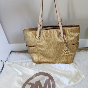 MICHAEL KORS Jet Set Gold Tote MK Bag